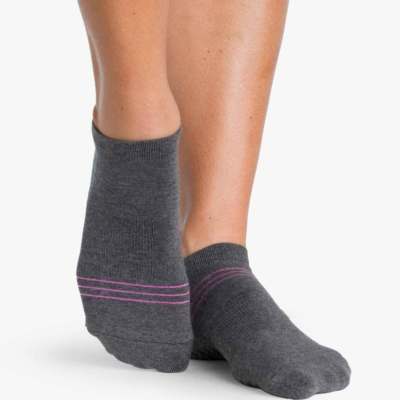 Pointe Studio Sonia Grip Sock Charcoal Pink