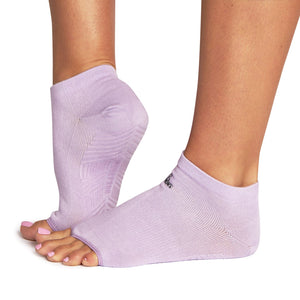 Ro & Arrows Rhiannon Low Show Open toe Grip Socks - Pink Lavender Solid