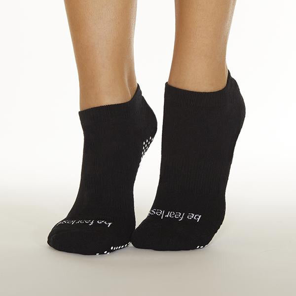Sticky Be Be Fearless Black White Grip Socks