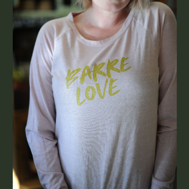 Wreath and Robe Barre Love Pullover - Faint Rose