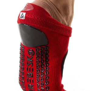 arebesk fishnet red black grip socks