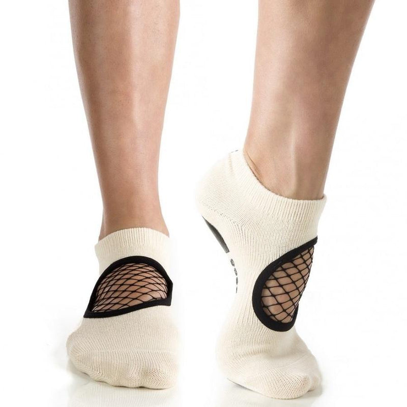 Arebesk Fishnet Grip Socks - Nude