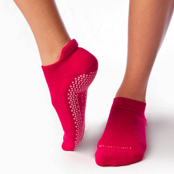 eve grip socks by barre girl in pink