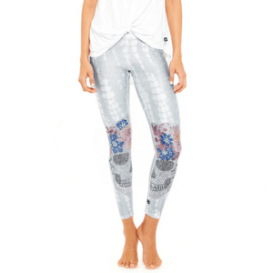 Flower Crown Crystal Skull - Performance Leggings