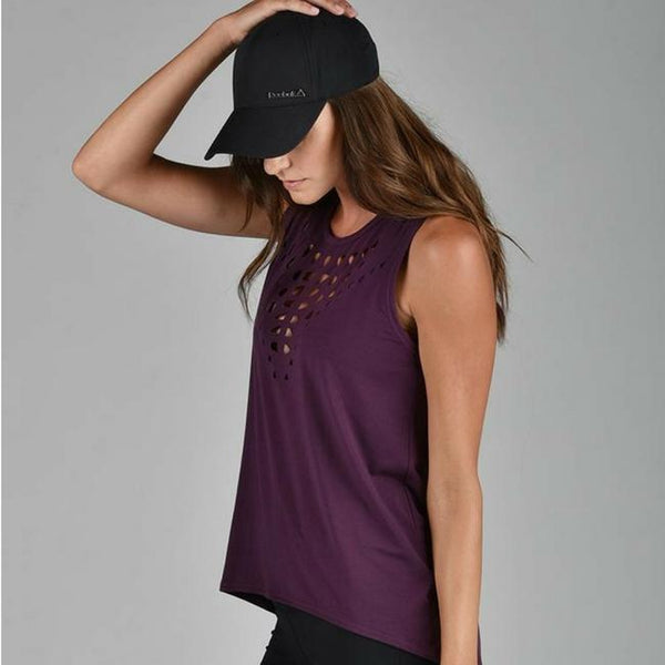 glyder apparel noble tank in blackberry wine