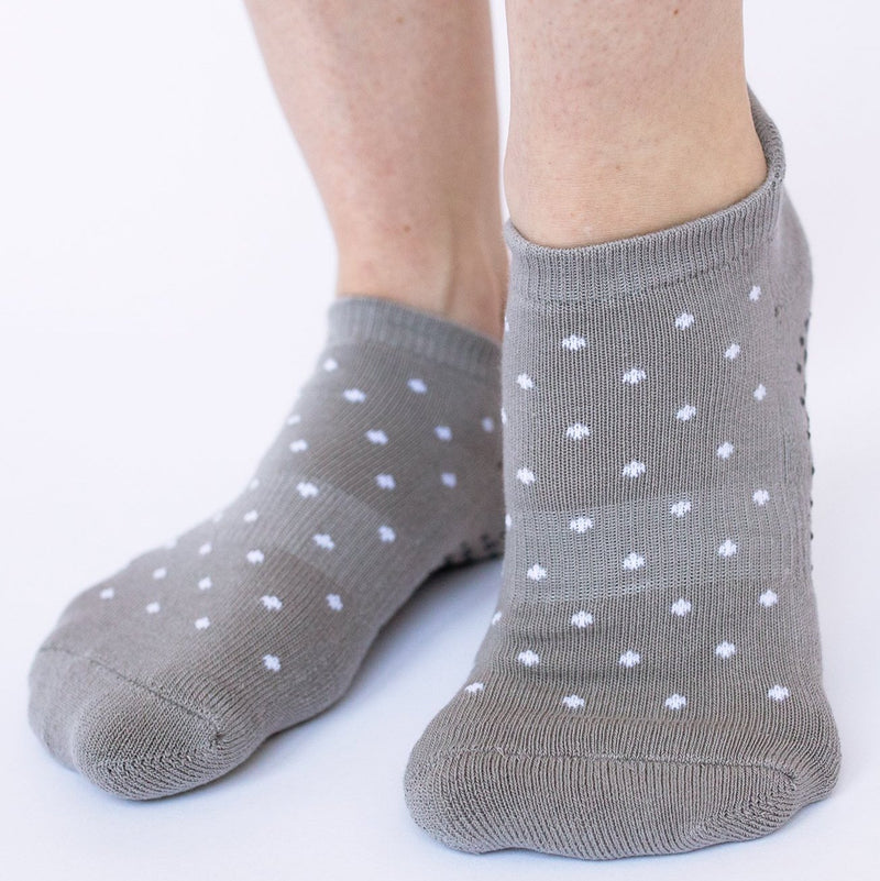 grippy sox white dot grip socks