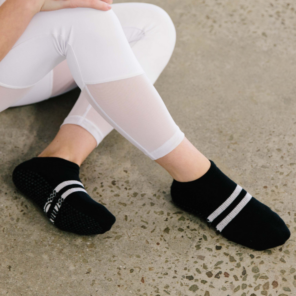 Classic Low Rise Grip Socks - Black Sporty Stripe (Barre / Pilates)