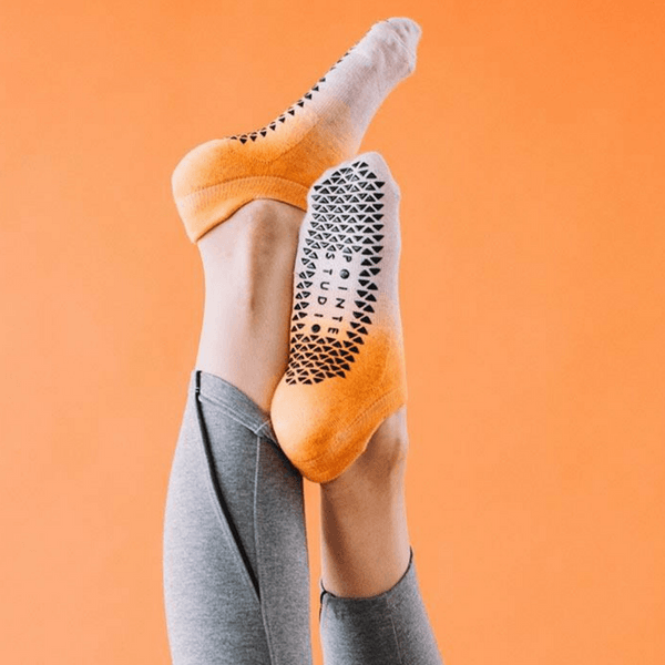 pointe studio Elie Grip Socks orange oatmeal
