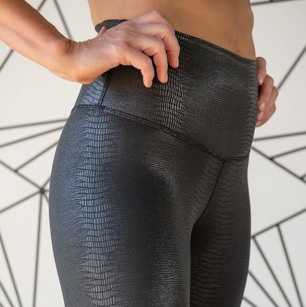 DYI signature tight reptile foil