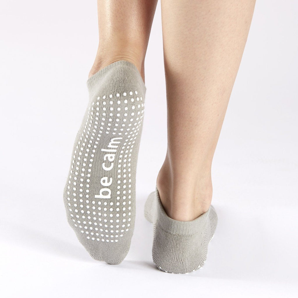 Be Calm Grip Socks - Stone Grey/White