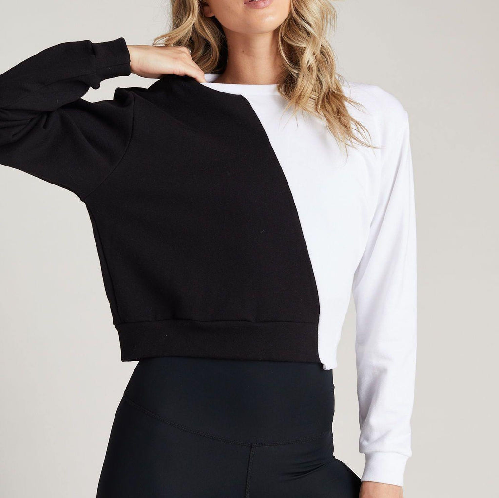 strut this allure sweatshirt black white