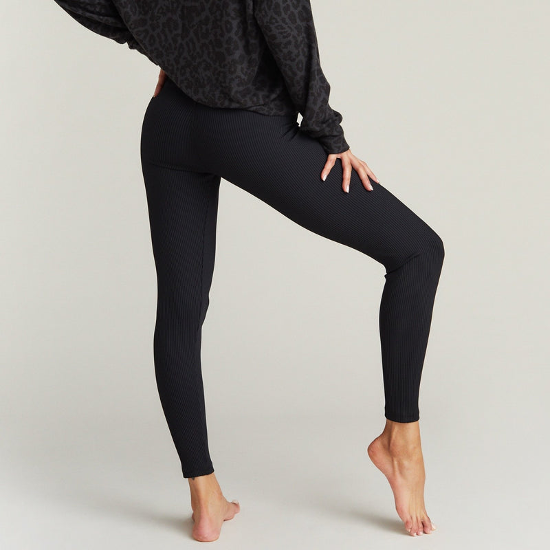 strut this kendall ankle black rib legging