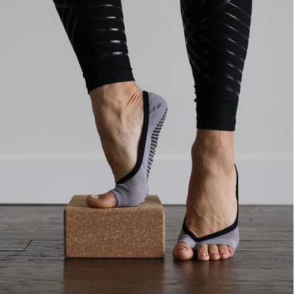 Clementine Grip Socks (Barre / Pilates)