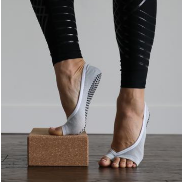 Josephine Grip Socks (Barre / Pilates)