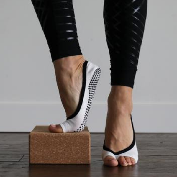 tabinix Stella Grip Socks (Barre / Pilates)