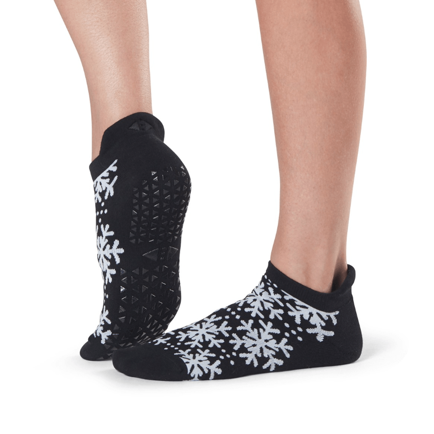 Savvy Snowfall Grip Socks (Barre/Pilates)