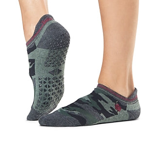 tavi noir savvy fierce grip socks