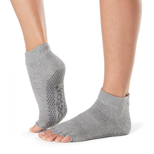 Ankle Half Toe - Black Grip Socks (Barre / Pilates)