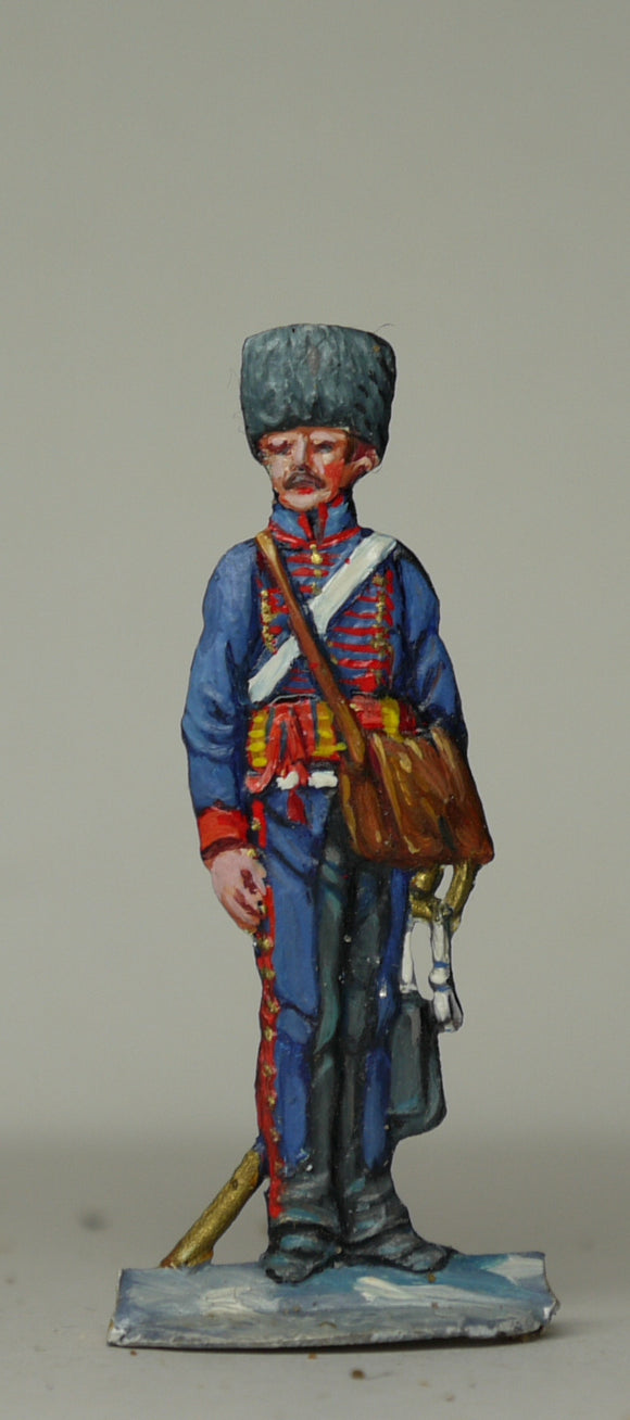 Gunner carrying bag with sabot - Glorious Empires-Historical Miniatures