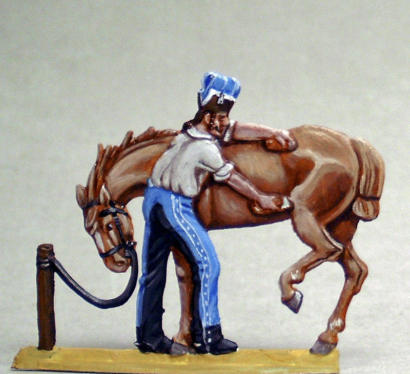 trooper horsecombing his transport - Glorious Empires-Historical Miniatures
