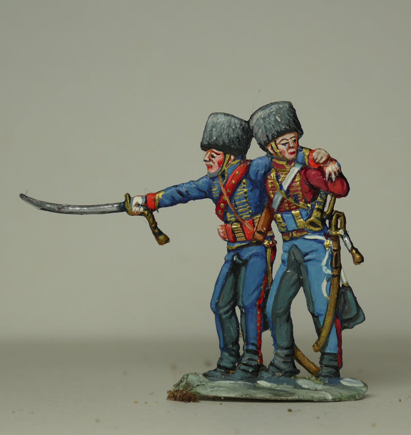 trumpeter supporting wounded officer - Glorious Empires-Historical Miniatures