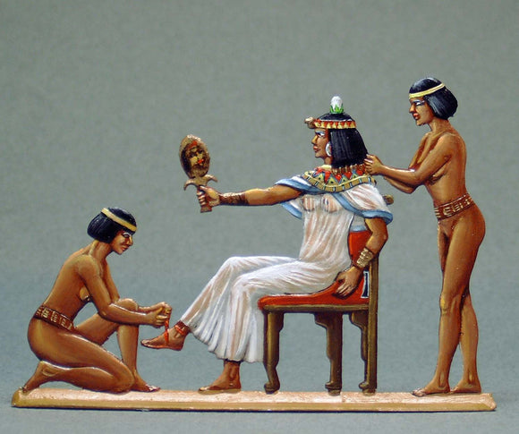 Cleopatra with Two Serving Girls - Glorious Empires-Historical Miniatures
