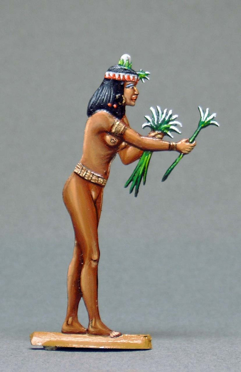 Serving Girl with Lily Flower - Glorious Empires-Historical Miniatures