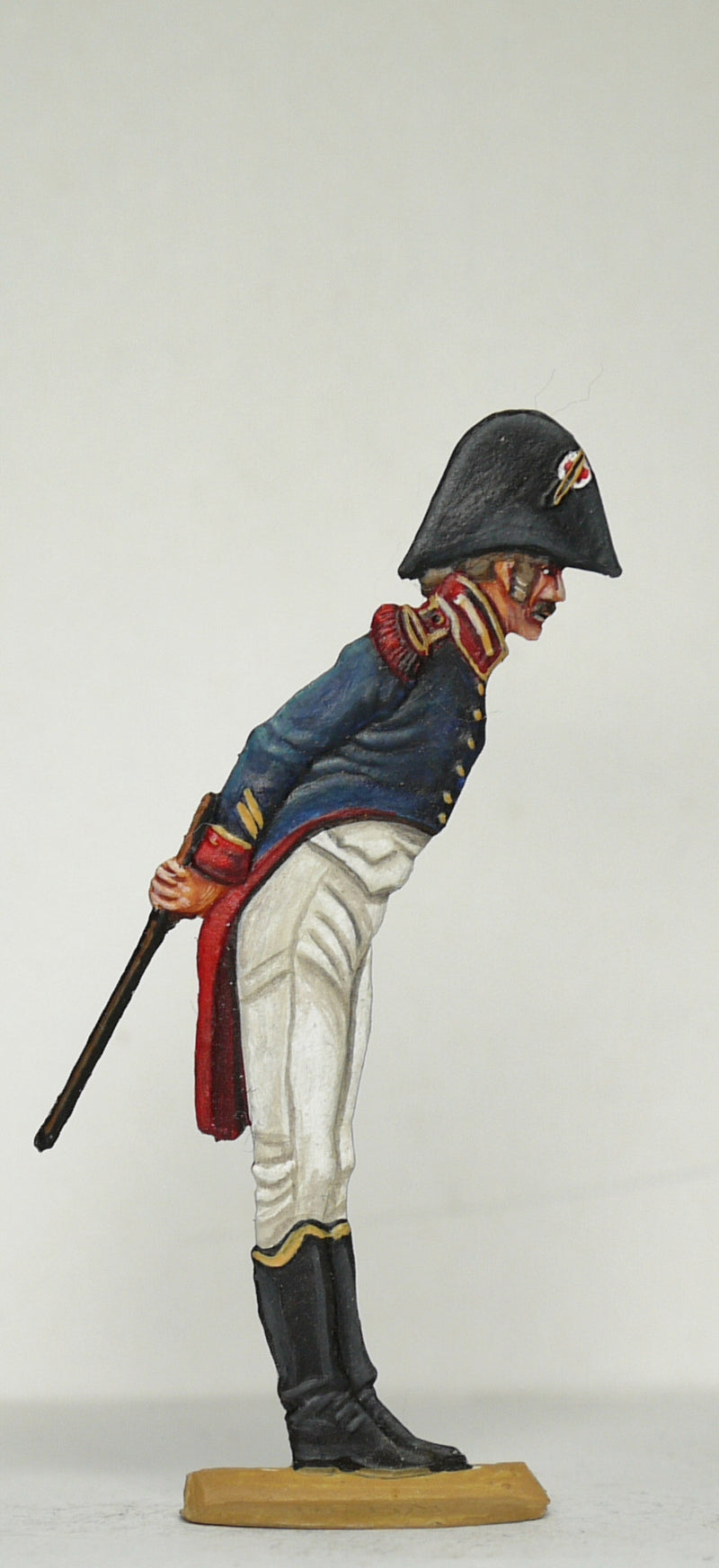 Officer bent over looking into cards - Glorious Empires-Historical Miniatures