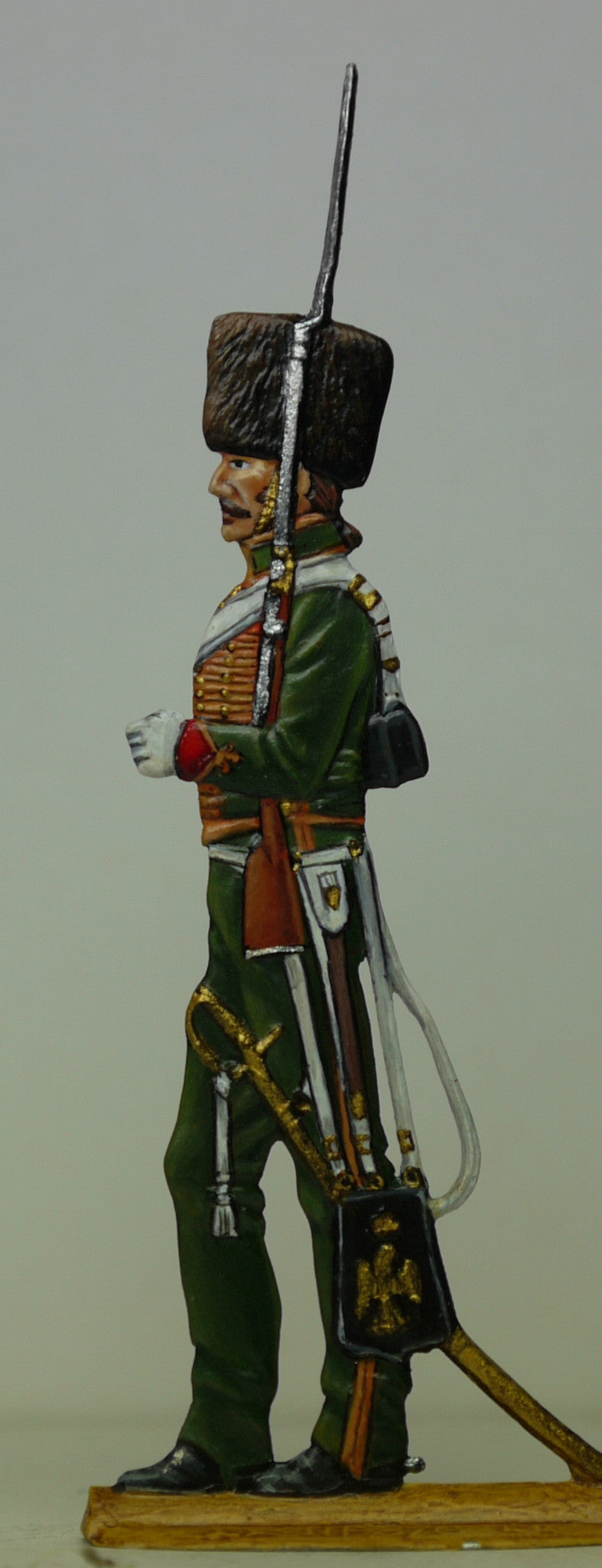 Chasseur on guard duty (profile) - Glorious Empires-Historical Miniatures
