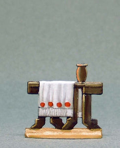 Small Table with Cloth and Vase - Glorious Empires-Historical Miniatures
