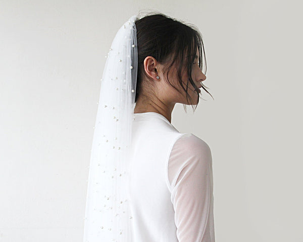 wedding Veil, fingertip length veil, veil with pearl, mid length veil  4022
