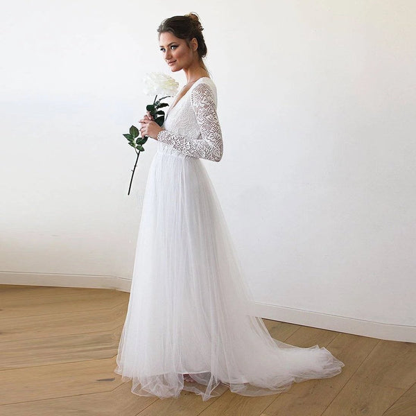 Bestseller Ivory Tulle & Lace  Wedding Train Gown #1164