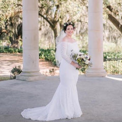 Ivory Wedding Dress with a Train,  Sweetheart Cleavage Dress 1193