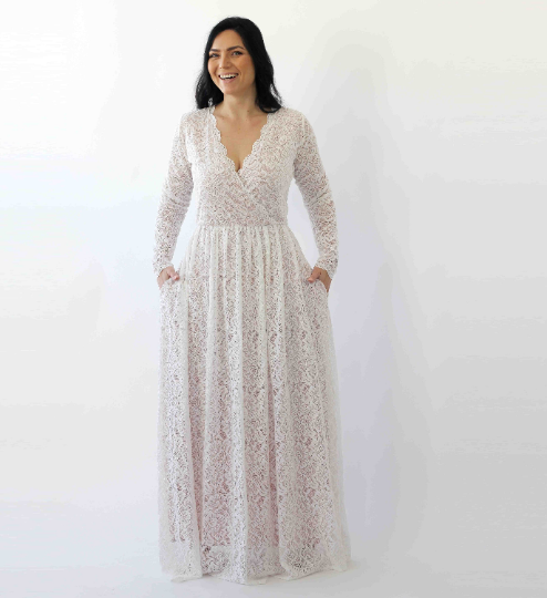 Curve & Plus size Sleeves lace wedding dress,Long sleeves Ivory boho wedding dress with pockets 1268