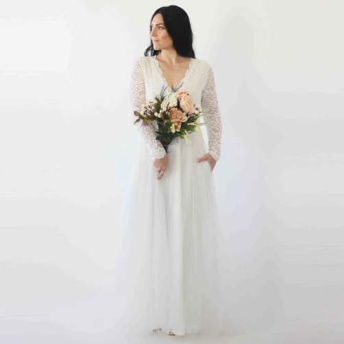 Ivory Lace Long Sleeves Wedding Dress with pockets  1266.