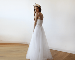 Ivory Lace and Tulle Wedding Gown 1111