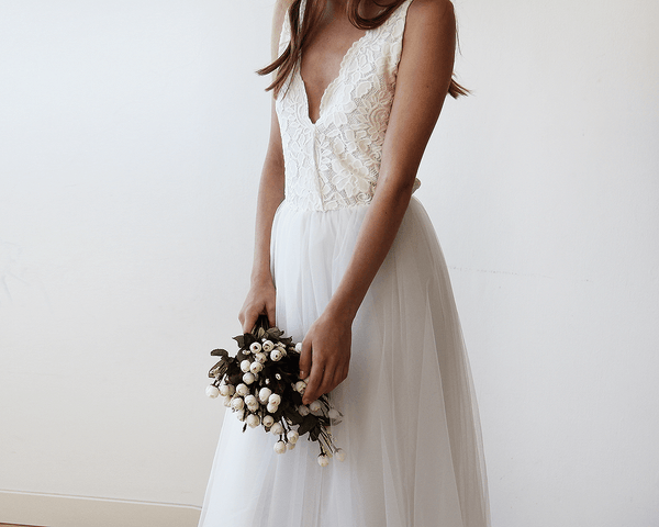 Ivory Tulle and Lace Wedding Gown 1113
