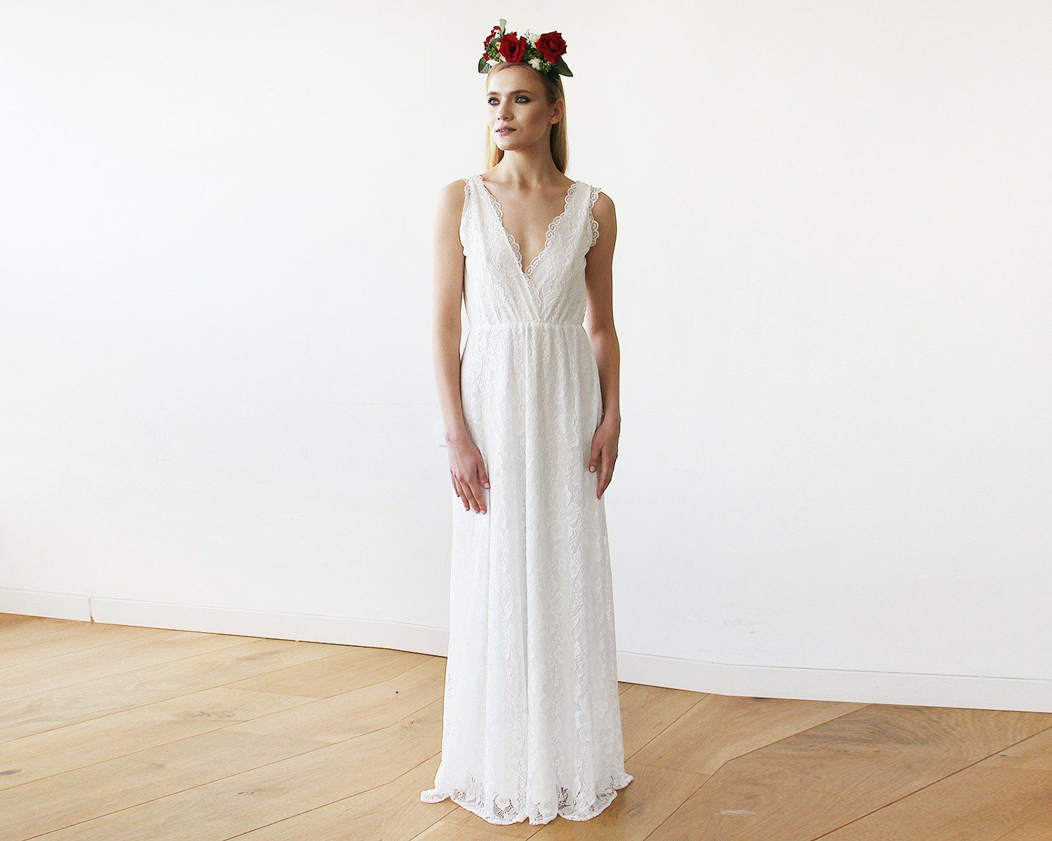 Ivory Wedding Gowns: Sleeveless Ivory Lace Wedding Gown 1150