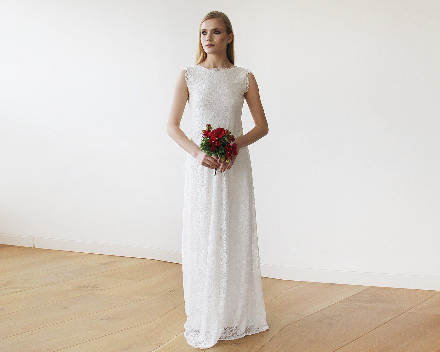 blushfashion wedding dress shop online Sleeveless Ivory Floral lace Bridal Gown With Open Back