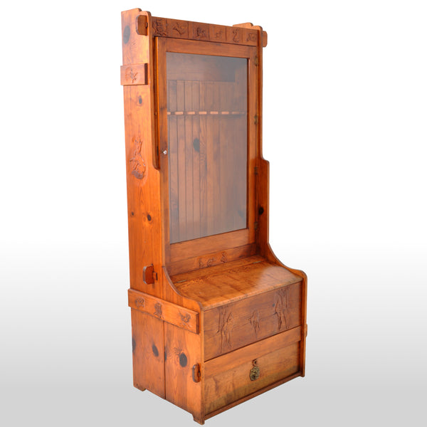 Antique American Carved Knotty Pine Country Gun / Rifle Display Cabinet, circa 1920