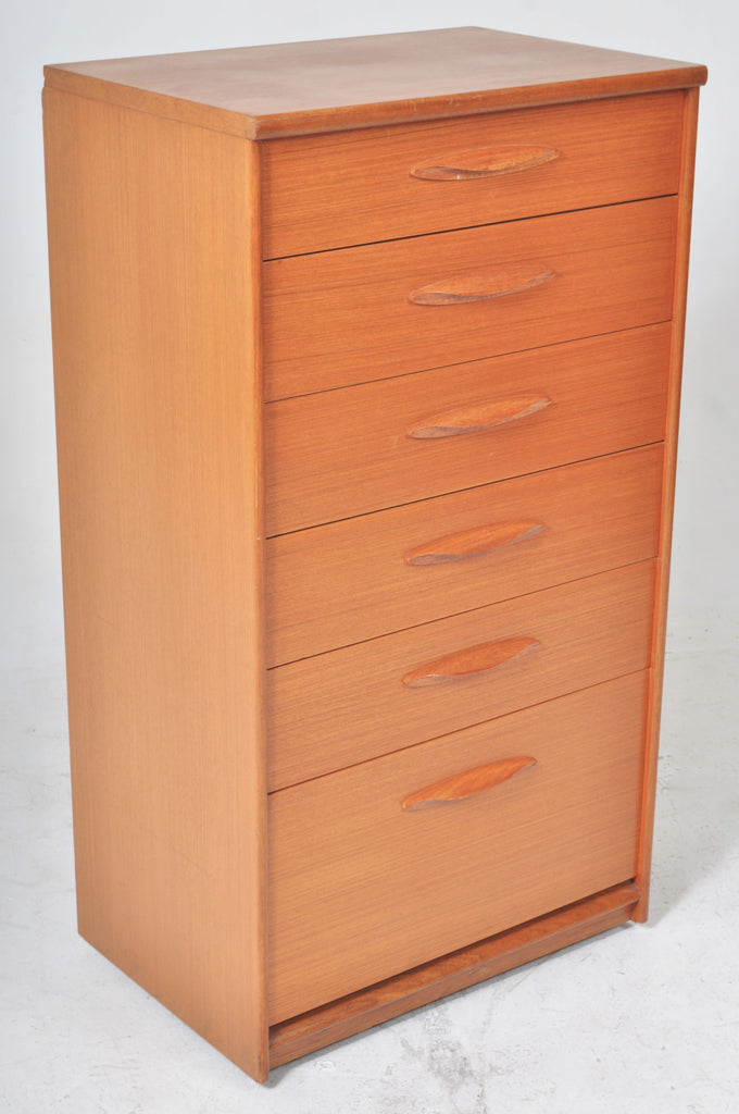 Mid-Century Modern Danish Teak Dresser/Chest of Drawers, 1960s