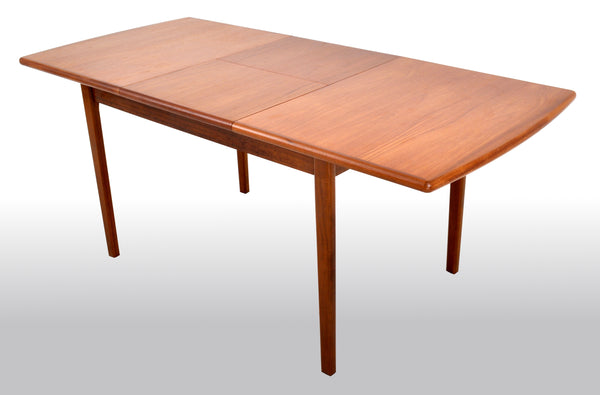 Mid-Century Modern Danish Teak 'Butterfly Leaf' Dining Table, 1960s