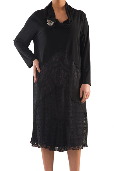 La Mouette Women's Plus Size Elegant Dress with Lace