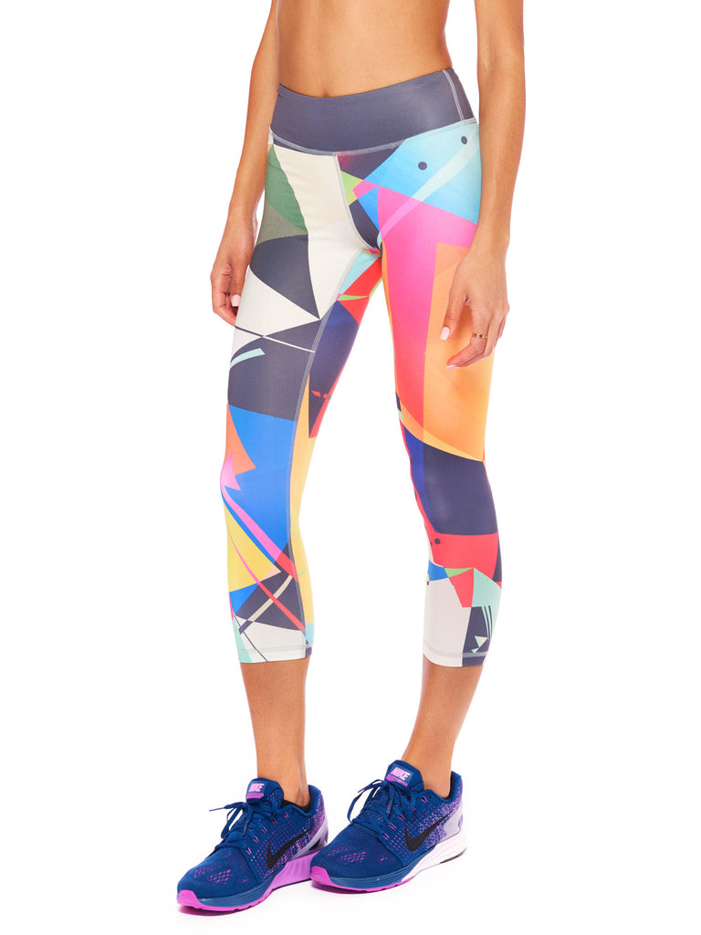 Congruous I Activewear Crop Leggings