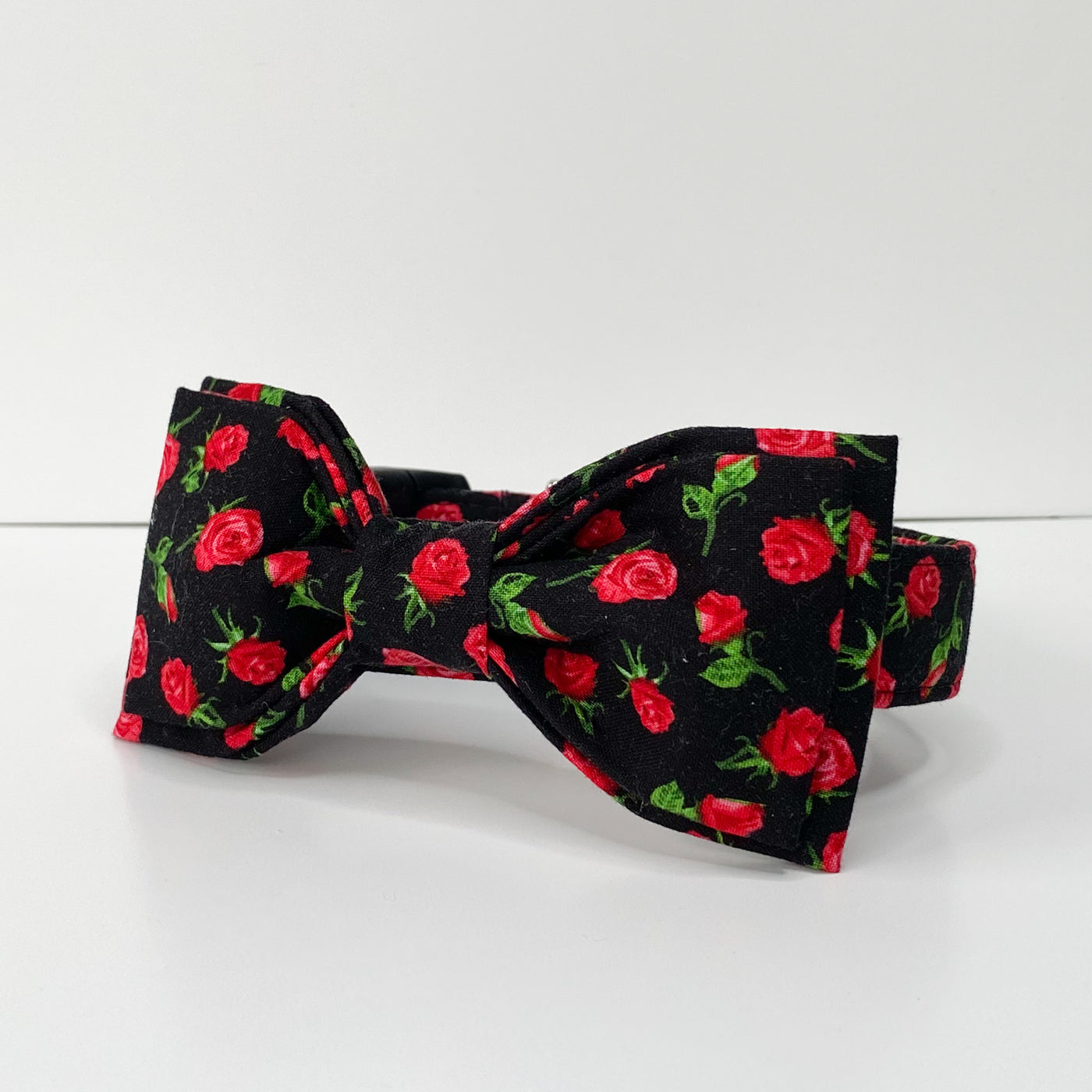 """The Catherine"" Collar & Bow tie Set"