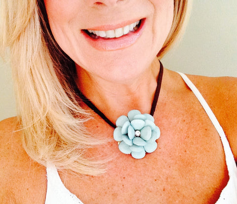 Mint Flower Necklace With Leather