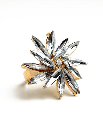 Vintage look starburst rhinestone ring