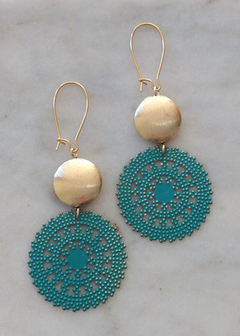 Gold brushed circle with turquoise filigree