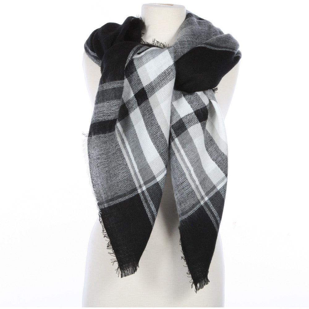 Wholesale Plaid Blanket Scarf Scarves (Black, White) - A44/B50