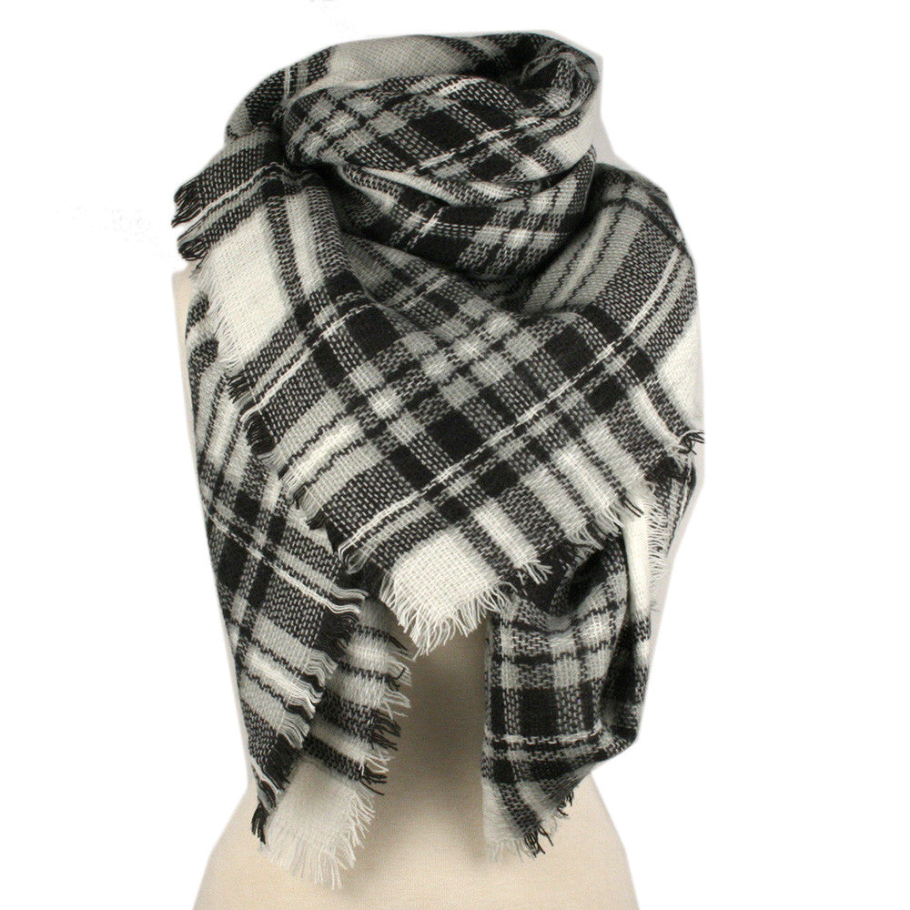 Wholesale Plaid Blanket Scarf Scarves (White/Black)